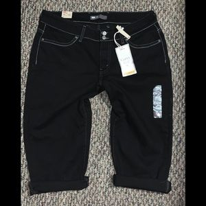 Levi's Sz 16 Curvy 529 Black Capri Jeans Denim NWT